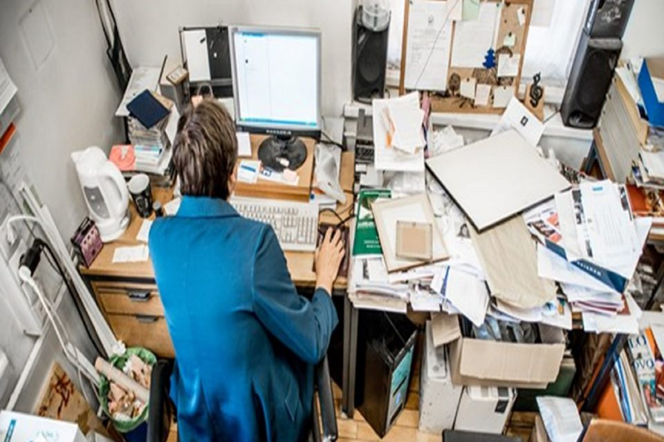 A Messy Workplace is Never Safe