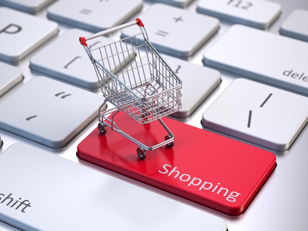 Coronavirus Safety Advice While Shopping Infographic